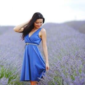 woman wearing a lavender dress